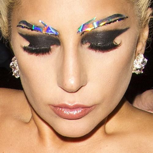 Lady Gaga Makeup: Black Eyeshadow Eyeshadow &amp Clear Lip - Lady Gaga Makeup