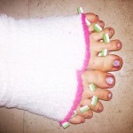 miley-cyrus-toes-1