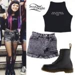 Rena Lovelis: Crop Top, Acid Shorts