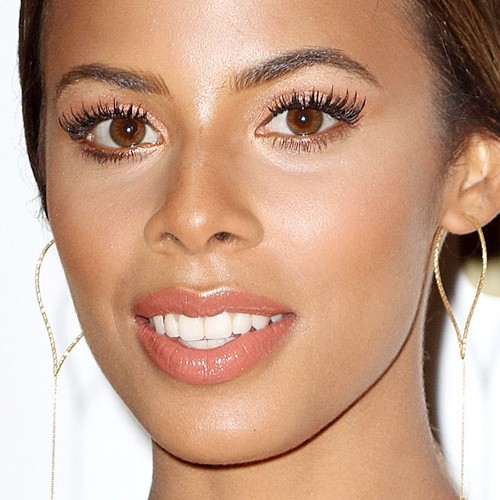 Rochelle humes makeup photos products steal her style for Whitehall tattoo supply
