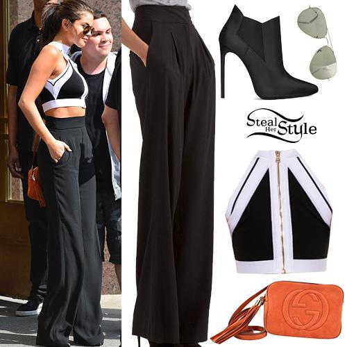 Selena Gomez leaving her hotel in Soho, New York City, June 22nd, 2015 - photo: PacificCoastNews