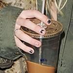 taylor-momsen-nails-2