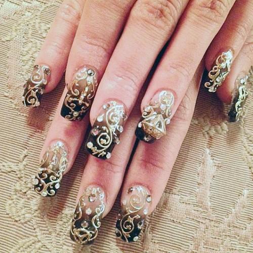 Vanessa Hudgens Brown Diamond, Nail Art, Ombré, Studs ... Vanessa Hudgens Nails