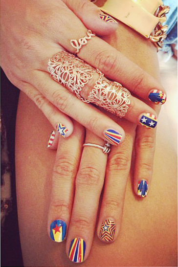 Blue Nail Polish Photos | Steal Her Style Vanessa Hudgens Nails