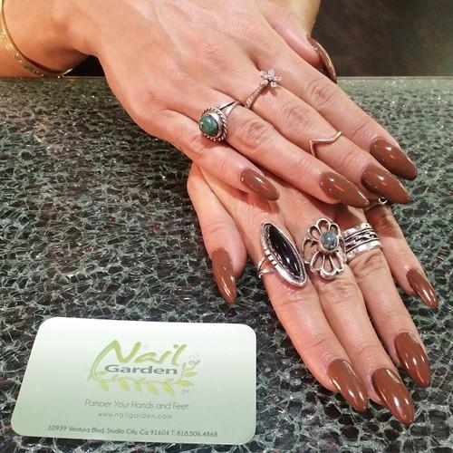 Vanessa Hudgens Brown Nails | Steal Her Style Vanessa Hudgens Nails