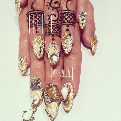 Vanessa Hudgens Gold, White Abstract, Beads, Jewels, Nail ... Vanessa Hudgens Nails