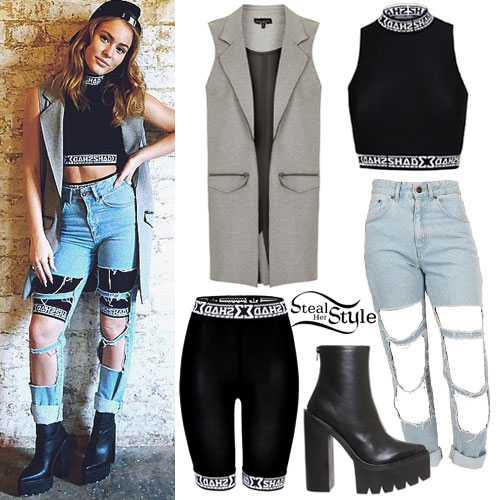 Zara Larsson: Cut-Out Jeans Outfit