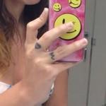 bethany-cosentino-m-finger-tattoo