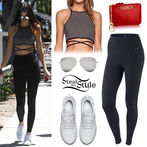 Kendall Jenner walking around Melrose Place. July 12th, 2015 - photo: AKM-GSI