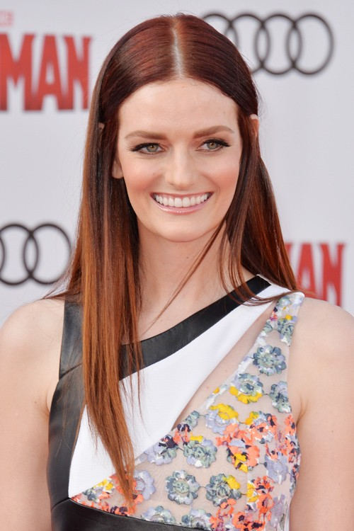 Lydia Hearst Nude Photos 12
