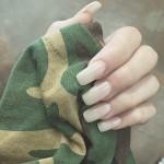 madison-beer-nails-3