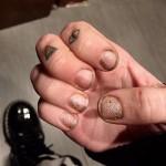miley-cyrus-nails-3
