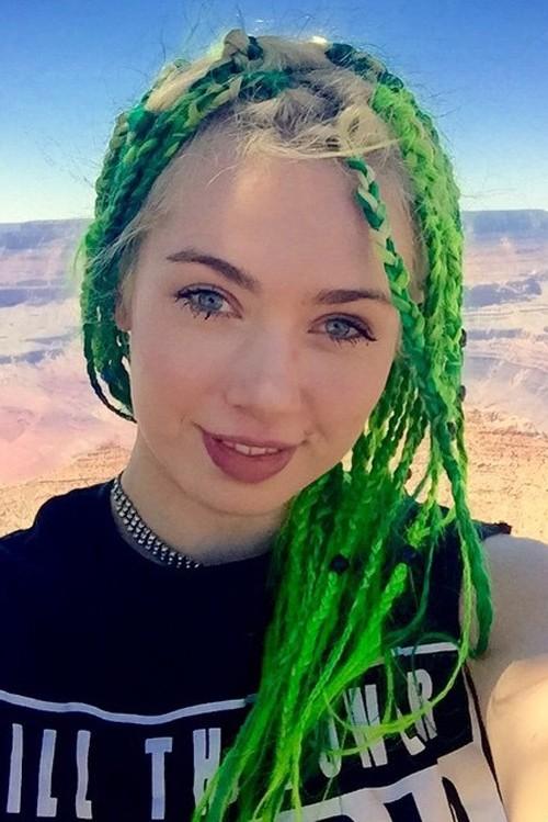 Skye Sweetnam Straight Green Faux Dreads Mini Braids