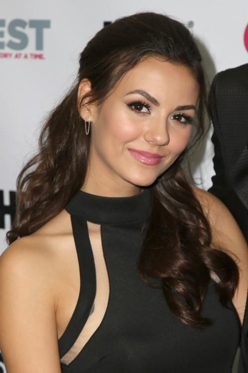 Victoria Justice Wavy Dark Brown Face Framing Pieces Pinned Back