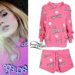 Bella Thorne: Pink 'Barbie' Hoodie