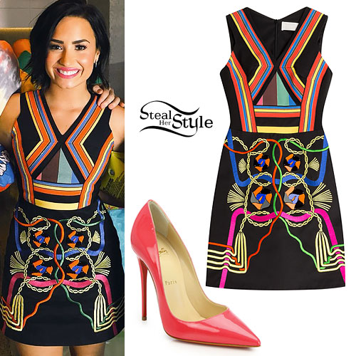 Demi Lovato: Stripe Dress, Pink Pumps