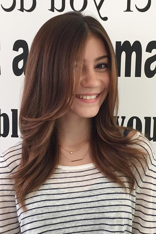 G Hannelius Hairstyles Amp Hair Colors Steal Her Style