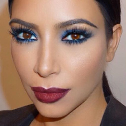 Kim Kardashian Makeup: Blue Eyeshadow Eyeshadow u0026 Burgundy Lipstick ...