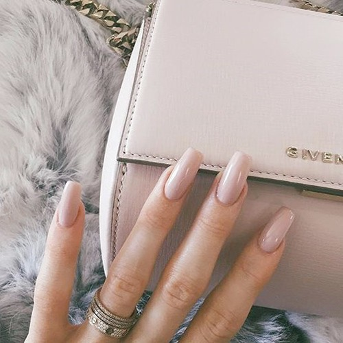 Kylie Jenner S Nail Polish Nail Art Steal Her Style Page 5