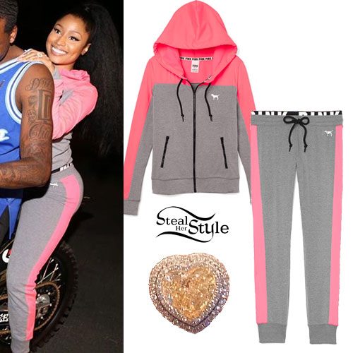 Nicki Minaj: Pink & Gray Sweats