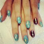 sarah-hyland-nails-4