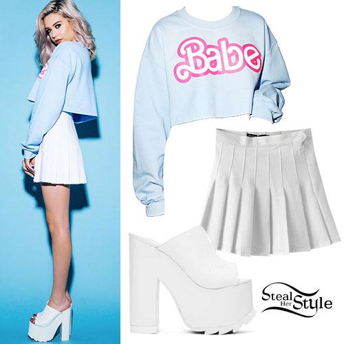 Amanda Steele: Babe Sweatshirt, White Platforms