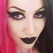 Ash Costello fashion