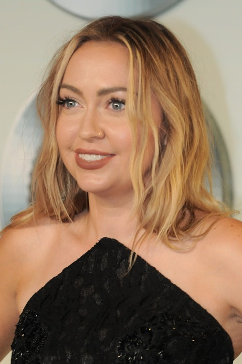 Brandi Cyrus Hairstyles Amp Hair Colors Steal Her Style