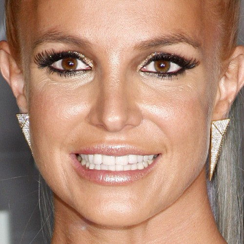 Britney Spears Makeup Photos Amp Products Steal Her Style