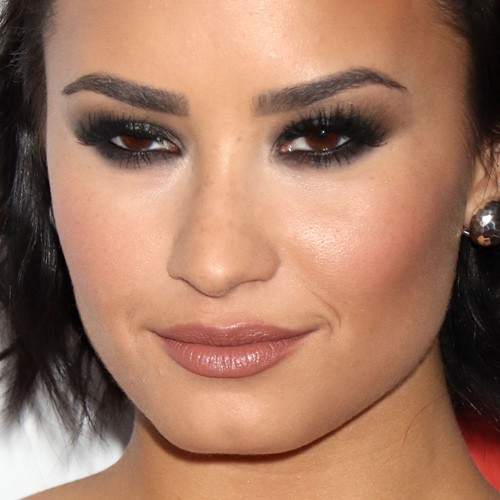Demi Lovato's Makeup Photos & Products | Steal Her Style | Page 2