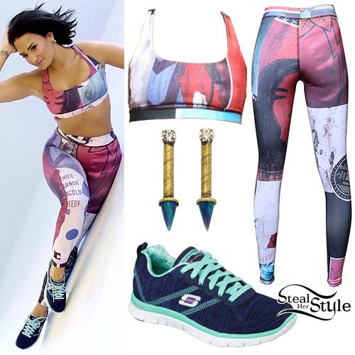 Demi Lovato: Printed Sports Bra & Leggings