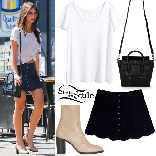 Emily Ratajkowski out and about in New York. September 18th, 2015 - photo: FameFlynet