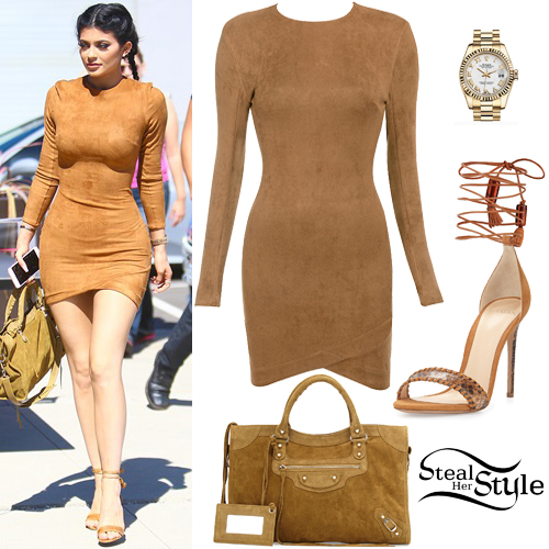 Kylie Jenner leaving a Culver City Studio. September 29th, 2015 - photo: AKM-GSI