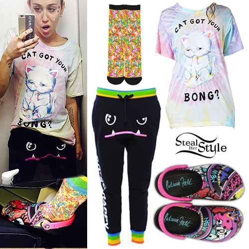 Miley Cyrus: Cat Tee, Printed Crocs
