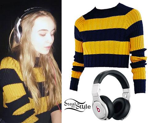 Sabrina Carpenter: Yellow Striped Sweater