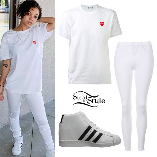 Wolftyla: Heart Tee, White Jeans