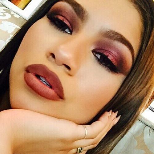 Zendaya Makeup : Steal Her Style