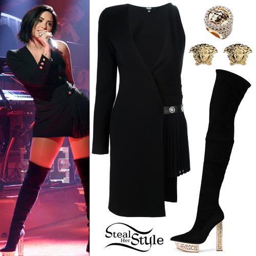 Demi Lovato performing on Saturday Night Live - photo: NBC