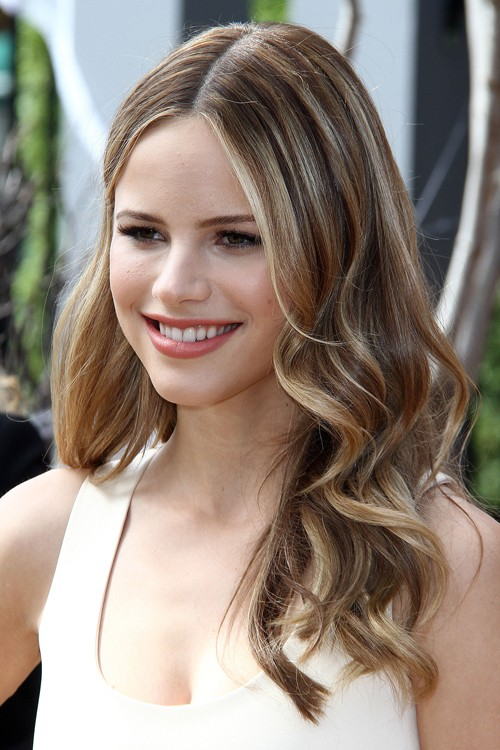 Halston Sage Wavy Light Brown All Over Highlights Loose Waves
