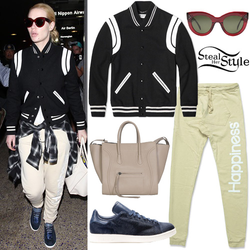 Iggy Azalea arriving at LAX Airport in Los Angeles. October 17th, 2015 - photo: AKM-GSI