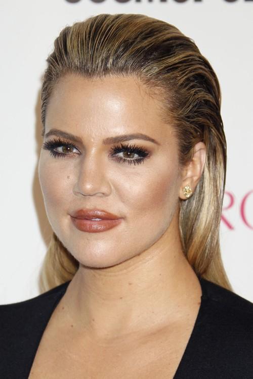 khloe kardashian straight medium brown allover highlights