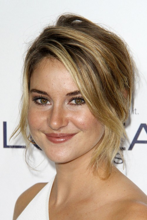 Enjoyable Shailene Woodleys Hairstyles Hair Colors Steal Her Style Hairstyle Inspiration Daily Dogsangcom
