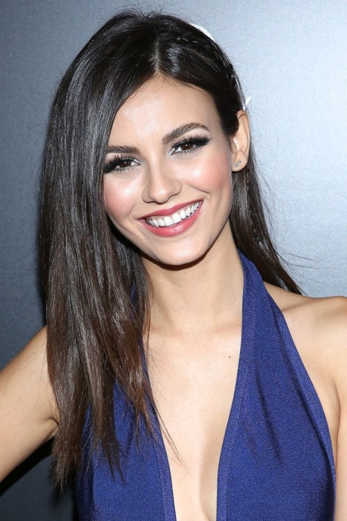 Victoria Justice Straight Dark Brown Angled, Flat-Ironed, Side Part ...