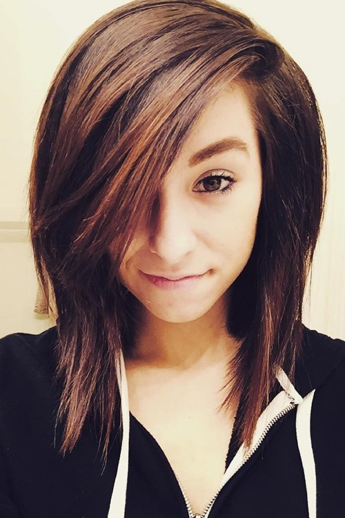 Christina Grimmie S Hairstyles Amp Hair Colors Steal Her Style