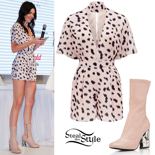 9a31e710b7b Forever New Outfits   Steal Her Style