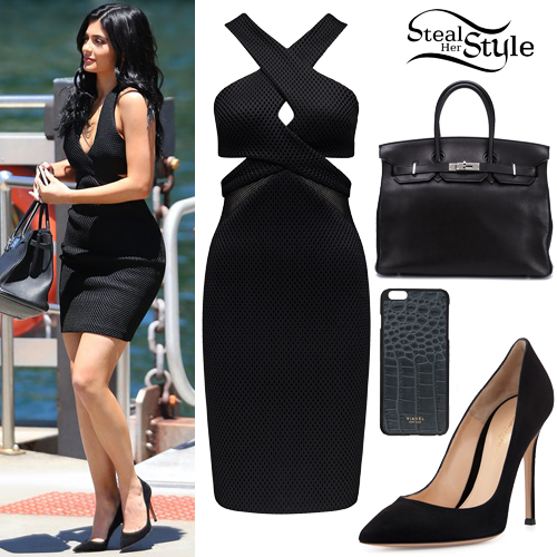 kylie_jenner11 Kylie Jenner Outfits-10 Best Dressing Styles of Kylie Jenner