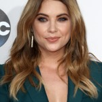 145321, Ashley Benson attends The 2015 American Music Awards in Los Angeles on Sunday, November 22nd, 2015.Photograph: © Pacific Coast News. Los Angeles Office: +1 310.822.0419 sales@pacificcoastnews.com FEE MUST BE AGREED PRIOR TO USAGE
