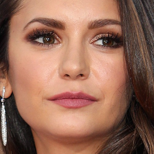 Nina Dobrev S Makeup Photos Amp Products Steal Her Style