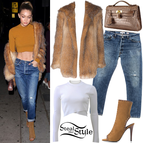 Gigi Hadid arriving at The Nice Guy in West Hollywood. January 29th, 2016 - photo: AKM-GSI