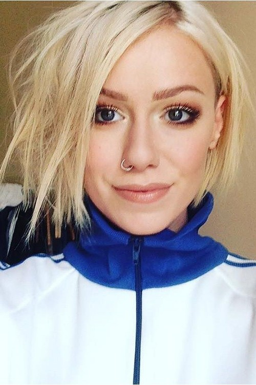 Jenna Mcdougall S Hairstyles Amp Hair Colors Steal Her Style